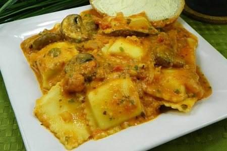 30-minute-raviol-tomato-alfredo