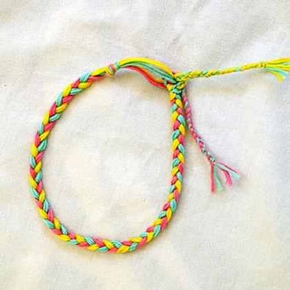 Easy Kids Friendship Bracelet