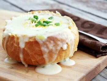 Bread-Bowl-Potato-Soup
