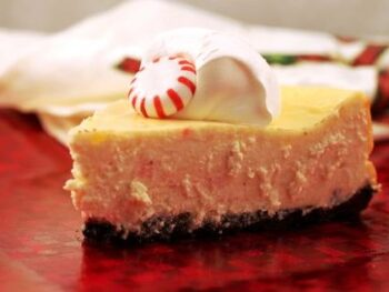 Candy-Cane-Cheesecake