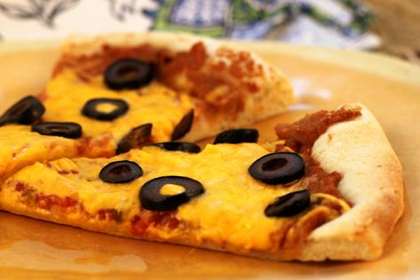 Cheddar_Mexican_Pizza