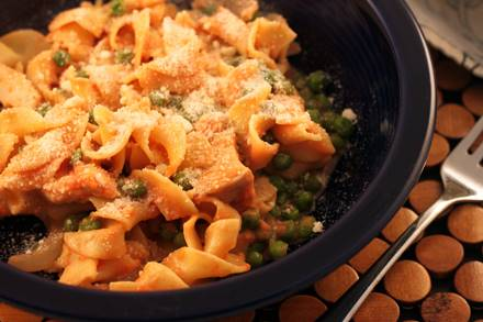 Chicken and Peas with Egg Noodles