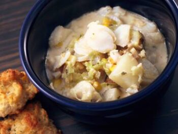 Creamy Fish and Clam Chowder