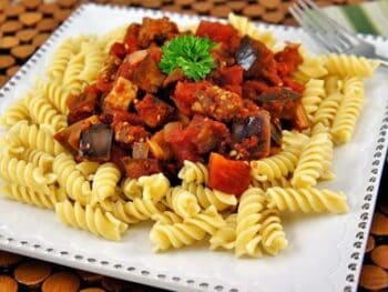 Eggplant_and_Tomato_Sauce_with_Pasta_1