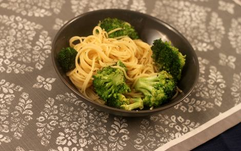 Garlic_Spaghetti_with_Broccoli