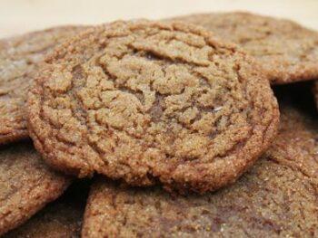 Molasses_Sugar_Cookie