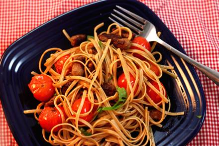 Pasta with Sausage and Cherry Tomatoes