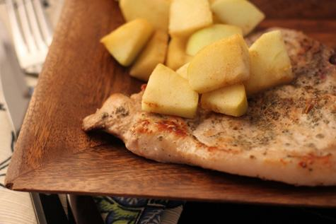 Pork_Loin_with_Cinnamon_Apples
