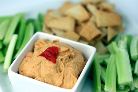 Red-Pepper-Hummus-2