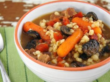 Savory_and_Hearty_Beef_Barley_Stew_1