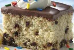Banana Chocolate Chunk Cake