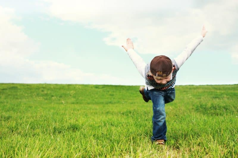 This image has an empty alt attribute; its file name is carefree-child-childhood-259704-800x534.jpg