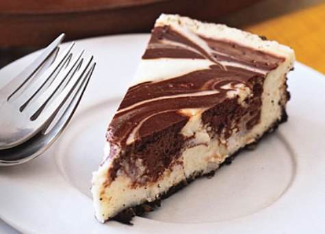 Marble Cheesecake - Moms Who Think
