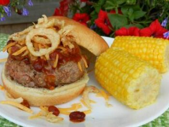chili-burgers-corn-on-cob