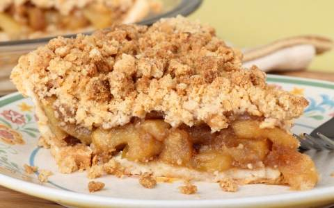 deep-dish-apple-crumb-pie