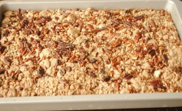 Dump Cake Recipe - Moms Who Think