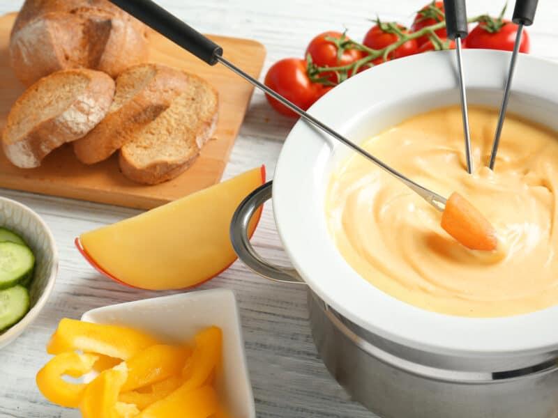 Cheese and Tomato Fondue