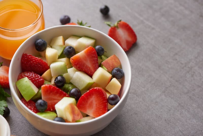 Eating fresh fruit is a great idea when you're newly pregnant.