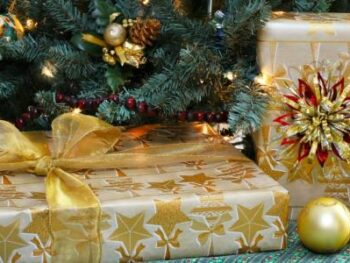 Christmas Gift Ideas for Teens & College