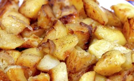 grilled-potatoes-onions