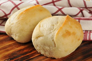 homemade-dinner-rolls.jpg