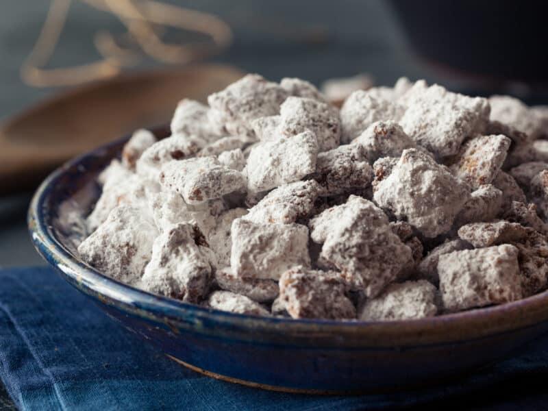 Powdered Sugar Puppy Chow