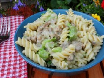 sausage-and-broccoli-pasta-skillet
